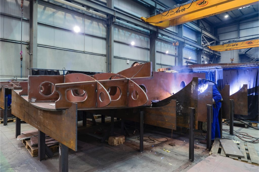 En Ganaín somo expertos en diseño y fabricación de timones para barcos